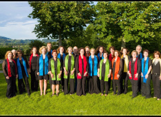 Gospelchor_Gruppenfoto 06.2016<div class='url' style='display:none;'>/kg/muehleberg/</div><div class='dom' style='display:none;'>kirchenregion-laupen.ch/</div><div class='aid' style='display:none;'>41</div><div class='bid' style='display:none;'>7673</div><div class='usr' style='display:none;'>5</div>